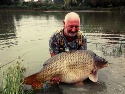 44 Lb Pokernut. Bill Phillips