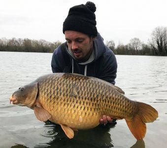 Andrew Phelps - 32lb - Meatymite   Pokernut H-Dec