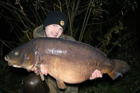 Carl Powel 38lb 8oz Mirror