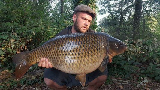 Chris Barnes - 32lb - Choccaberry