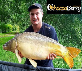 Henry Dennis - 35lb 8oz - Choccaberry.